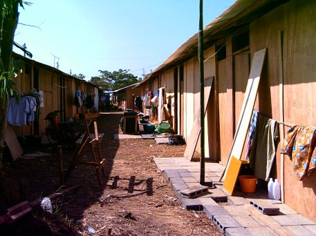 The building of the temporary shelters for the displaced.